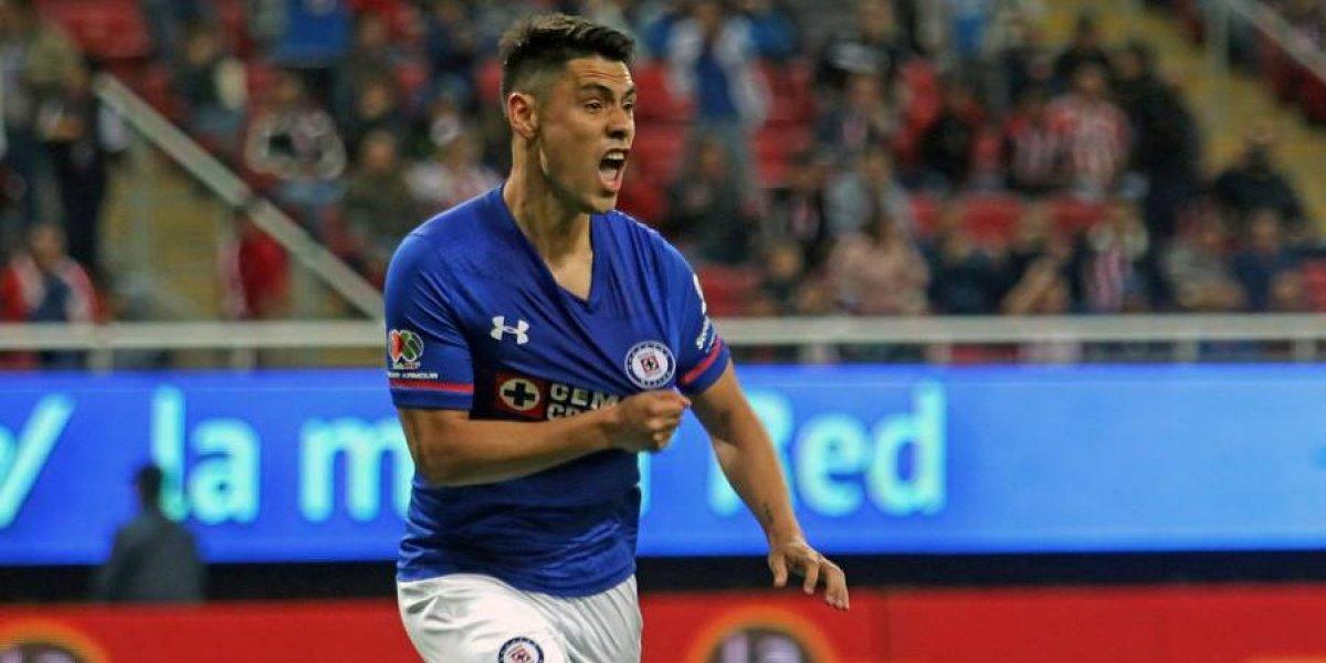 Felipe Mora está a un paso de convertirse en el reemplazante de Nicolás Castillo en Pumas