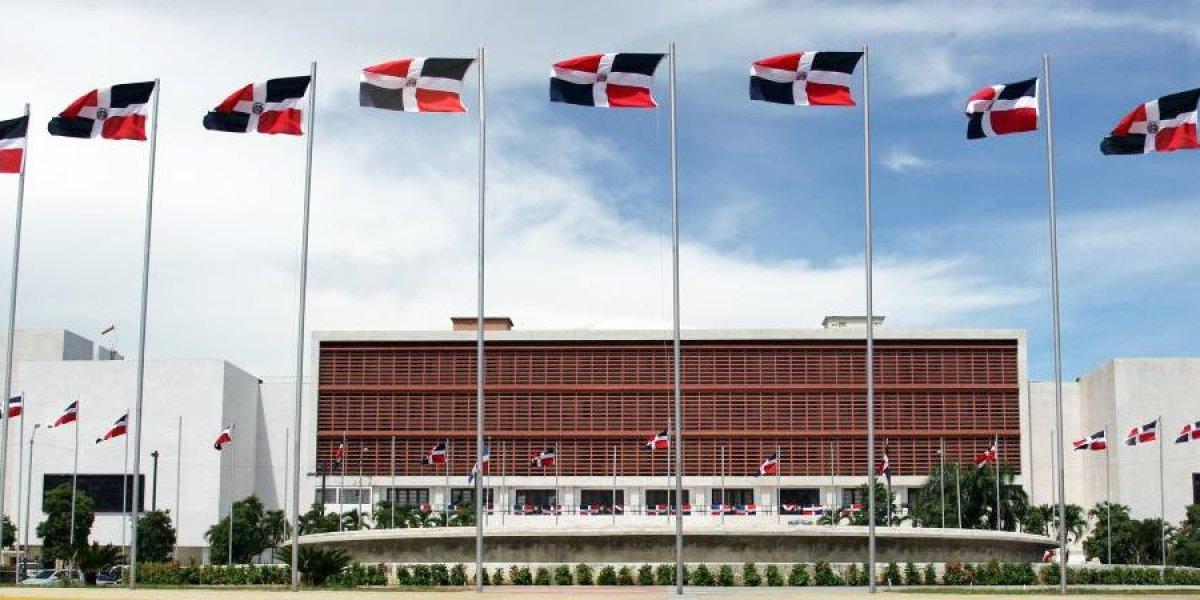 Diputados escogen miembros comisión bicameral que estudiará Régimen Electoral