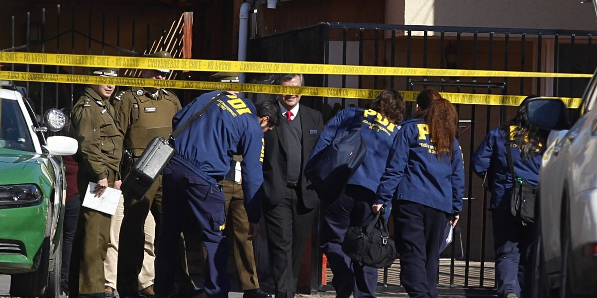 Primeras luces sobre brutal asesinato de madre e hija en Maipú: buscan a ex pololo celópata de la menor
