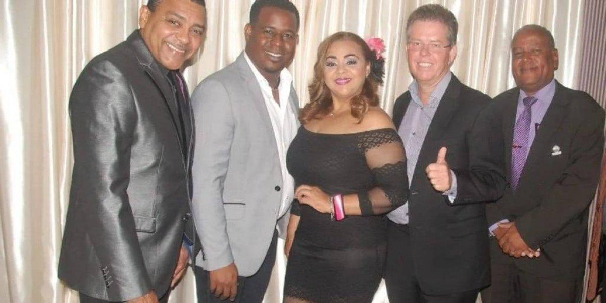 """Artistas protagonizan campaña turística """"Bonaire para el mundo"""""""