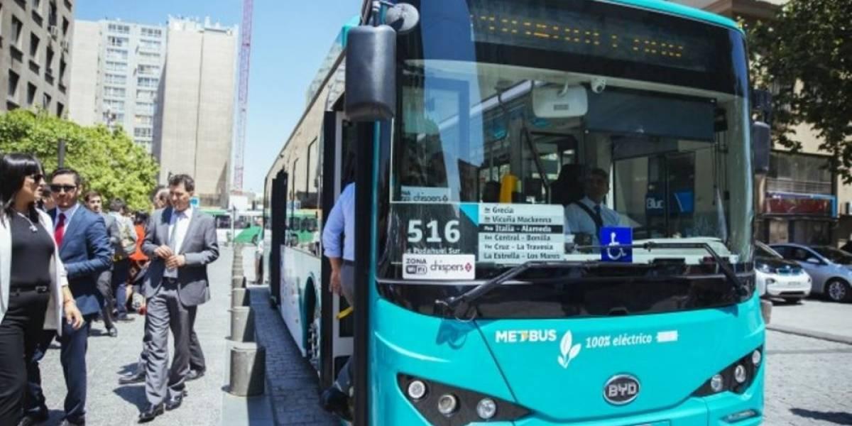 Chile: Usuarios del Transantiago le pusieron nota a los nuevos buses eléctricos