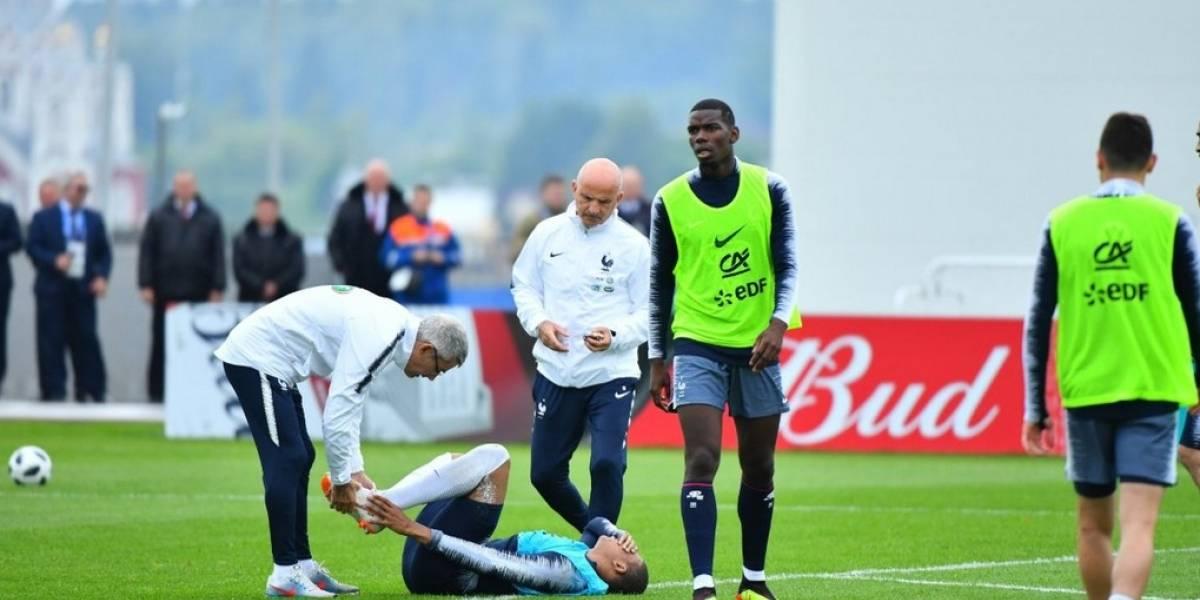 Francia queda paralizada ante lesión de Mbappé que lo obligó a abandonar el entrenamiento