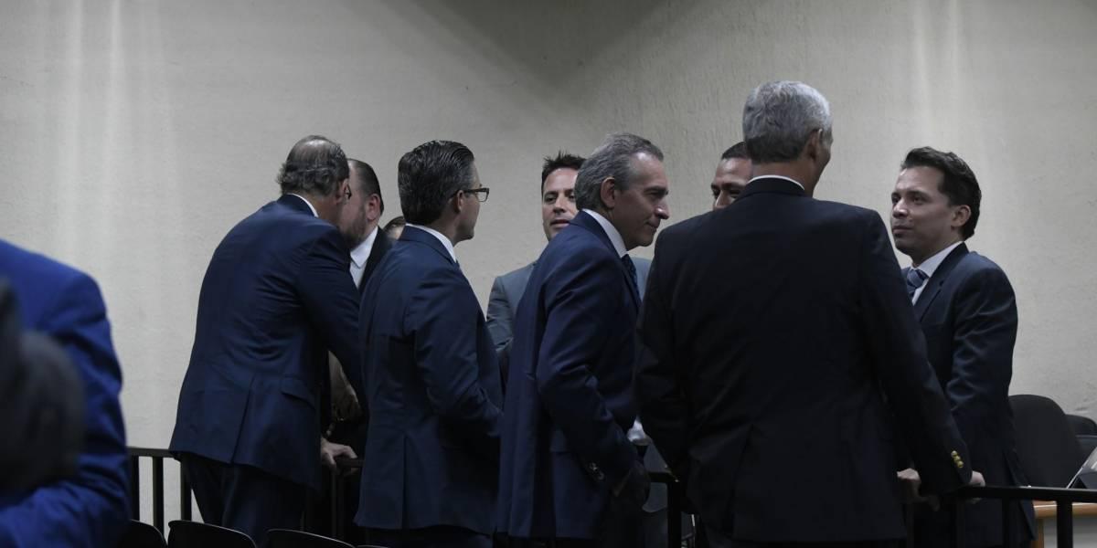 Empresarios vinculados a financiamiento electoral ilícito pagan fianzas