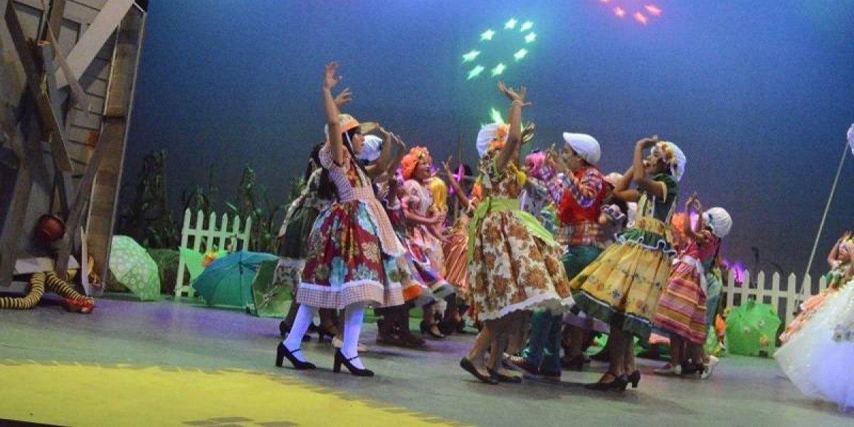 """AFA presentó musical """"El mago de Oz"""" en Bellas Artes"""