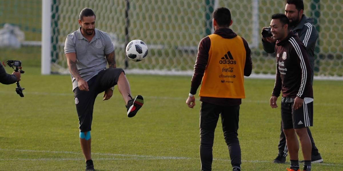 VIDEO. Maluma alegra la práctica de Selección de México en el Mundial