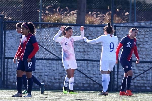 Francisca Lara llegó a tres partidos en línea marcando por la Roja / Foto: Carlos Parra - ANFP