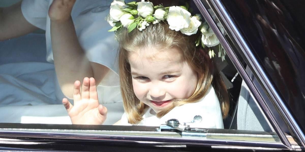 Princesa sapeca! Charlotte é fotografada dando cambalhota e conquista corações na internet