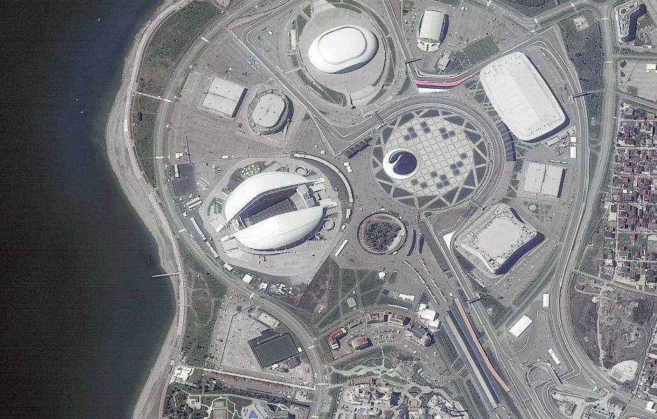 Sochi se encuentra ubicada en el krai de Krasnodar, al borde del mar Negro. El estadio de Fisht tiene capacidad para 48.000 espectadores y fue sede de los Juegos Olímpicos de Invierno en 2014
