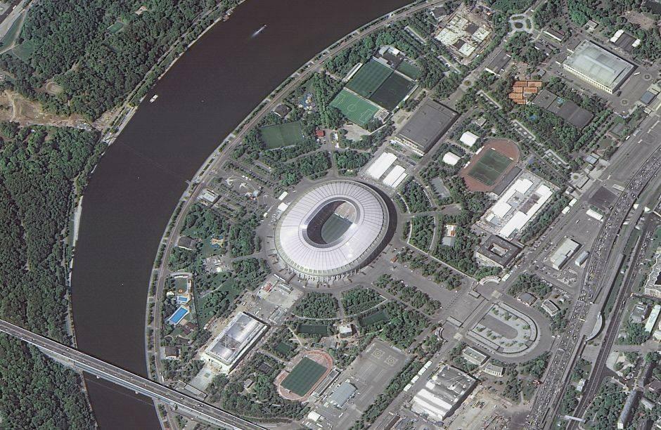 El estadio Luzhniki también se conocía como el Estadio Central Lenin en la Unión Soviética y fue construido en 1956. Hoy tiene una capacidad de 81.500 espectadores.