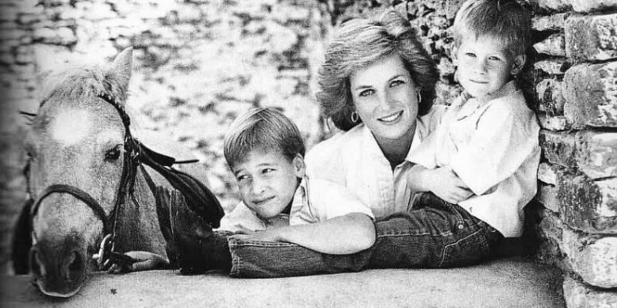 Las fotos inéditas de la princesa Diana que revelan su trágico pasado
