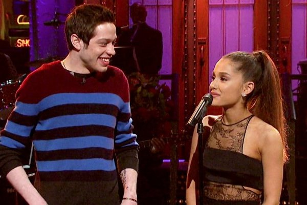 Ariana Grande e Pete Davidson - noivos