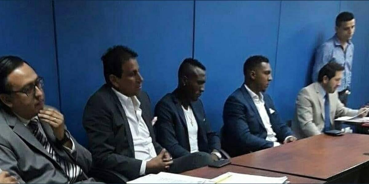 FEF sanciona con dos partidos a Beder Caicedo, jugador del Barcelona