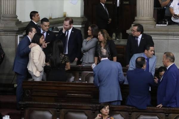 Varios diputados han representando al Congreso en el extranjero.