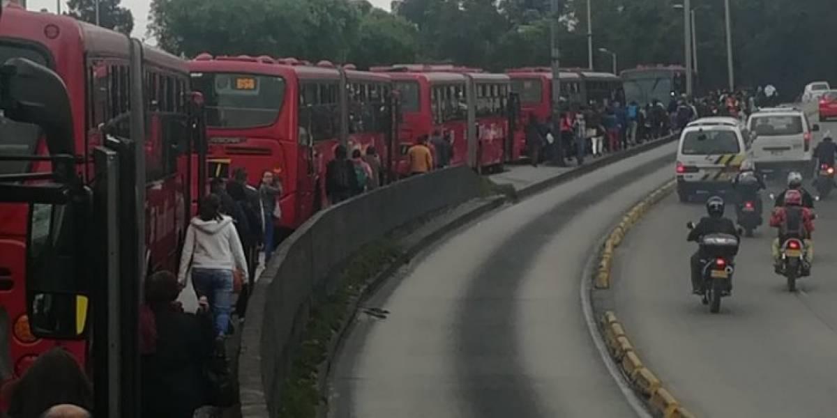 Trancón monumental en TransMilenio