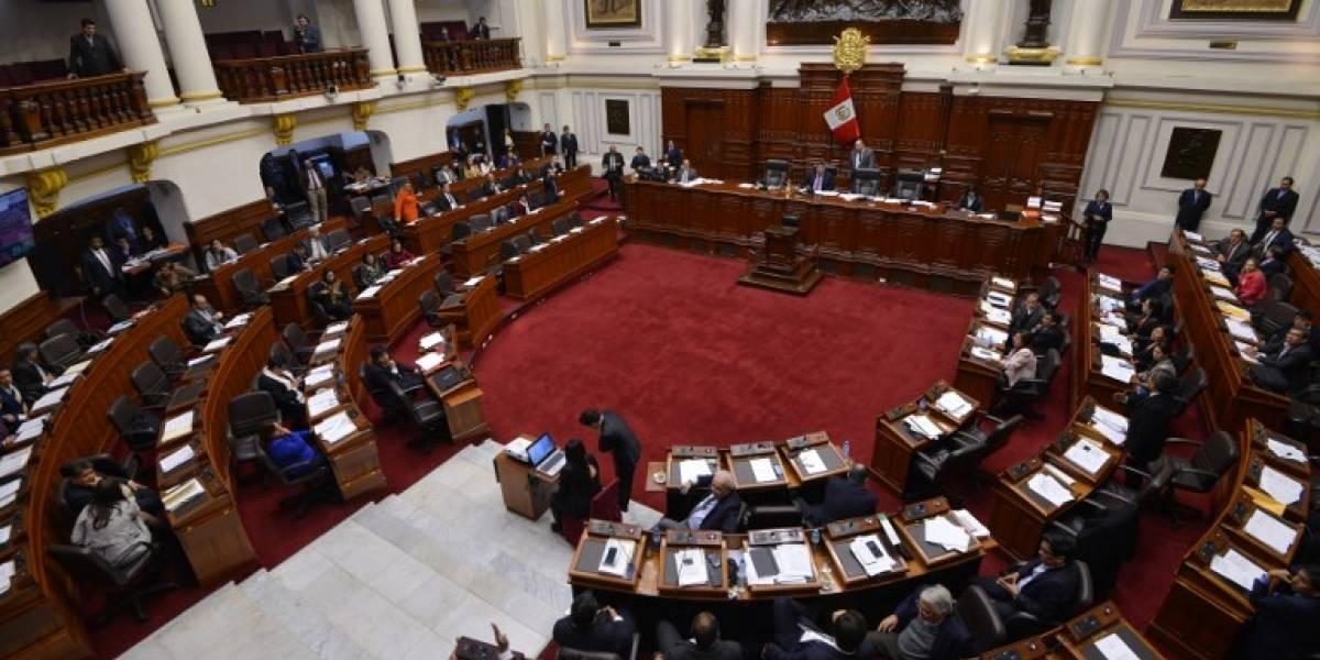 Congreso de Perú es blanco de críticas por amenazas a periodistas