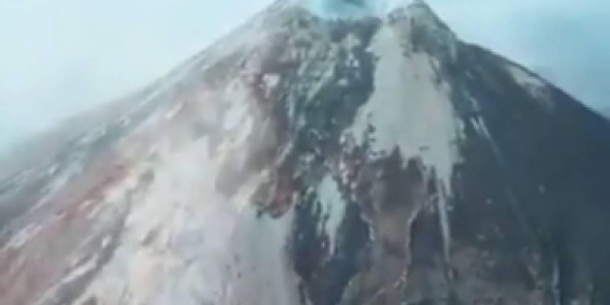 VIDEO. Dron capta desde el cráter las rutas de los lahares, a una semana de la potente erupción