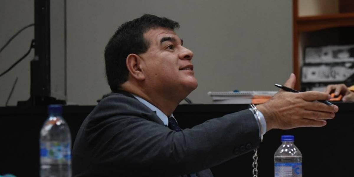 Exfiscal Ronny López es representado por abogado de la Defensa Pública