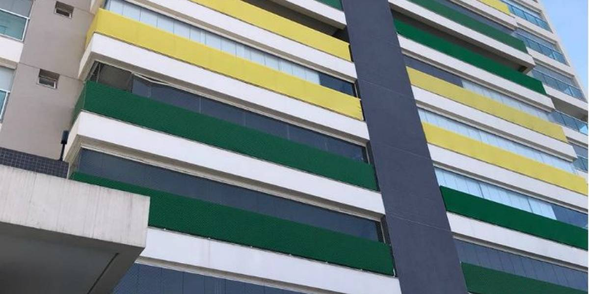Condomínio em SP fica todo verde e amarelo para a Copa