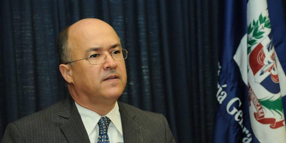 Domínguez Brito pide al PLD destitución de Díaz Rúa y Félix Bautista