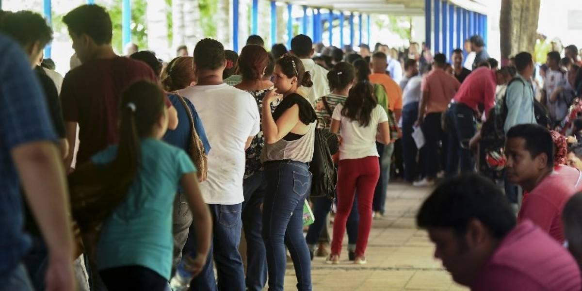 Miles de nicaragüenses buscan emigrar por ola de violencia