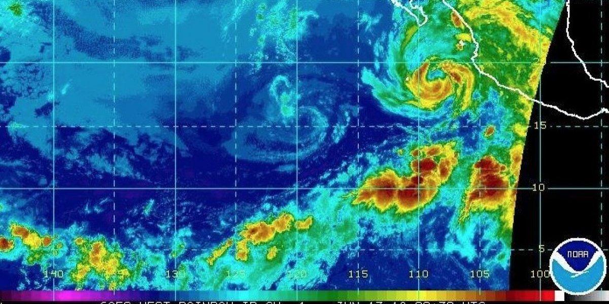 Se debilita a tormenta el huracán Bud