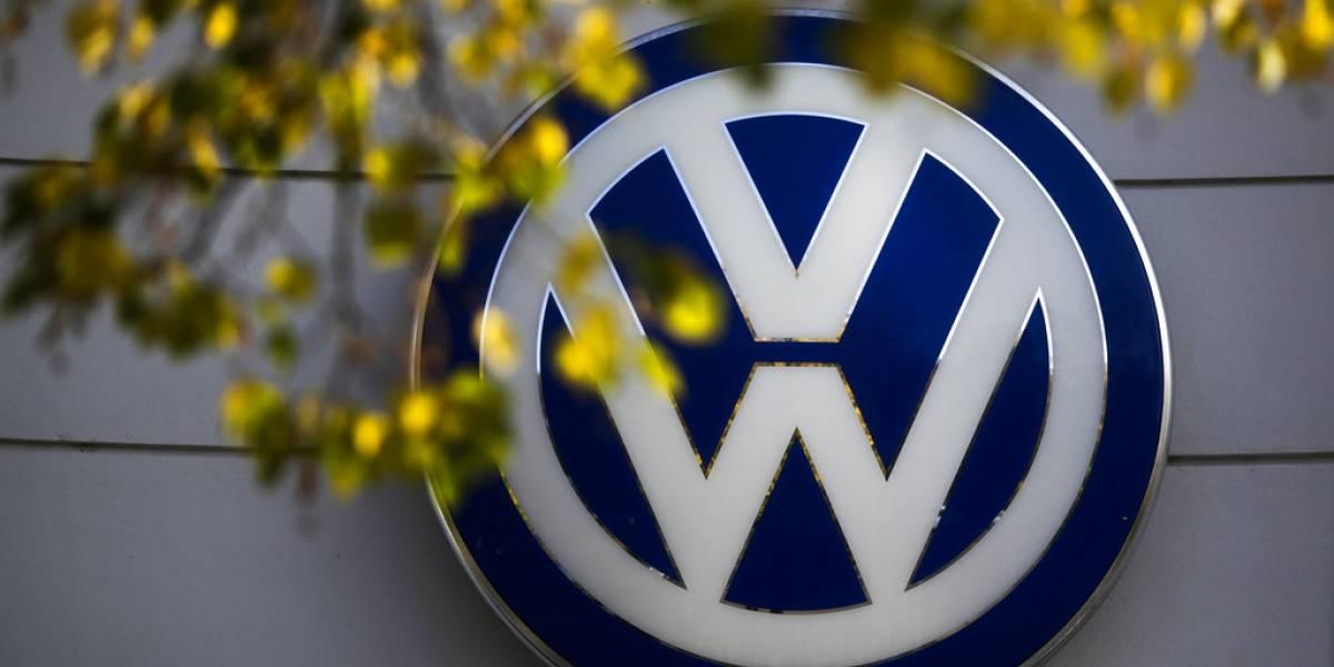 """Escándalo aún persigue a Volkswagen: recibe multa de más de US$1.000 millones por caso """"dieselgate"""""""