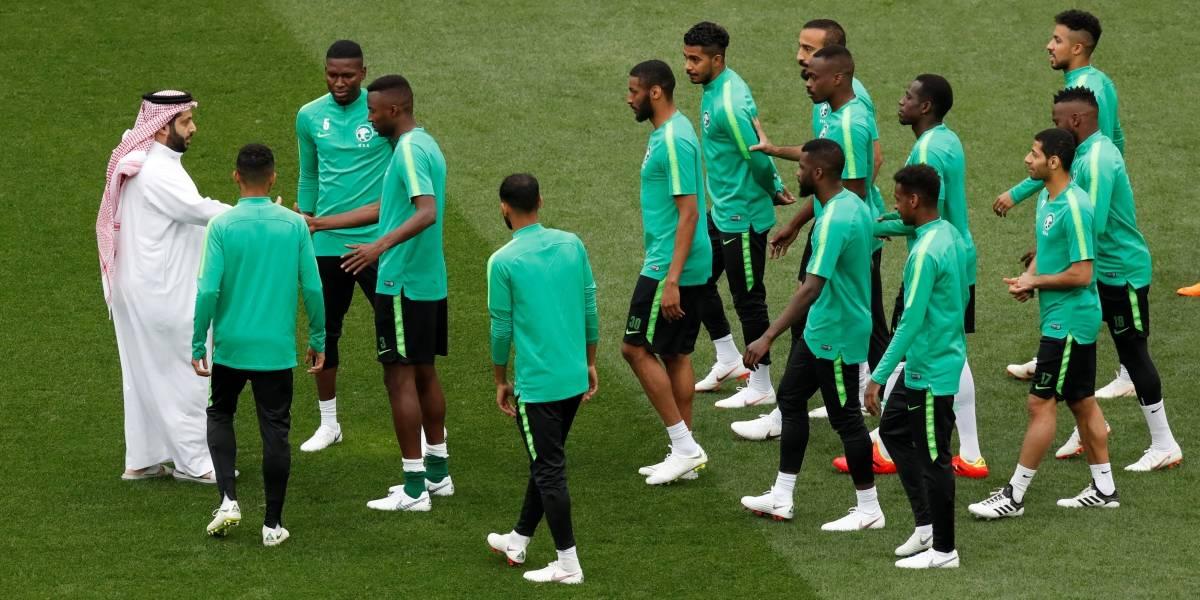 Porta-bandeiras sauditas irão perder partida de abertura da Copa contra Rússia