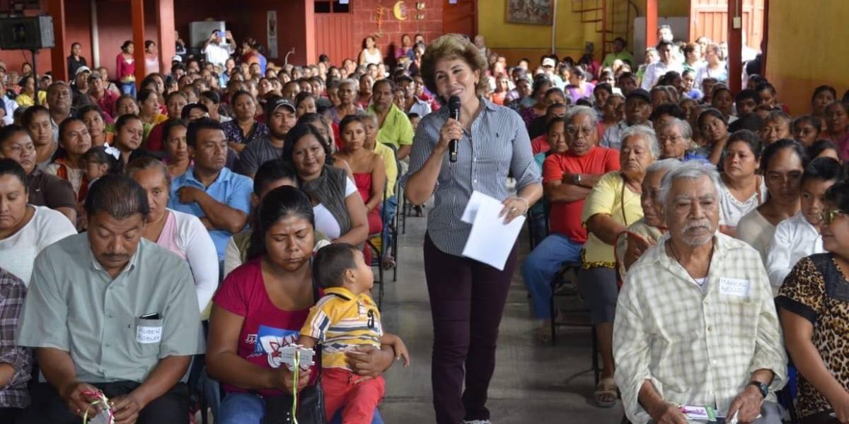 Habitantes del Arenal de Álvarez reciben puente y electrificación tras tragedia