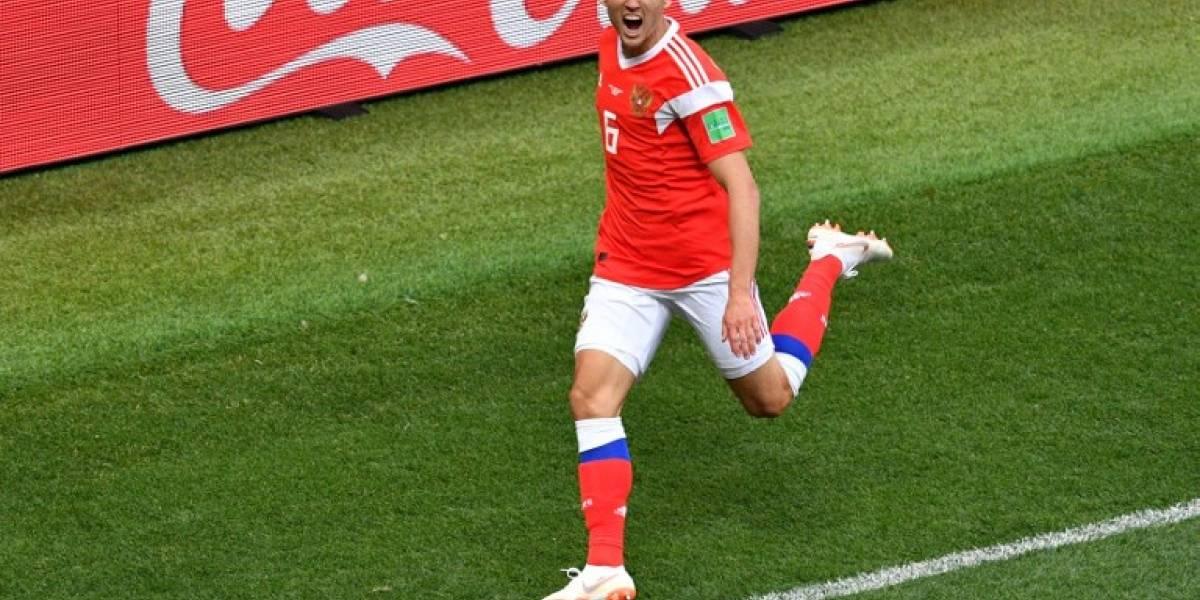 El jugador menos esperado lidera la tabla de goleadores en Rusia 2018