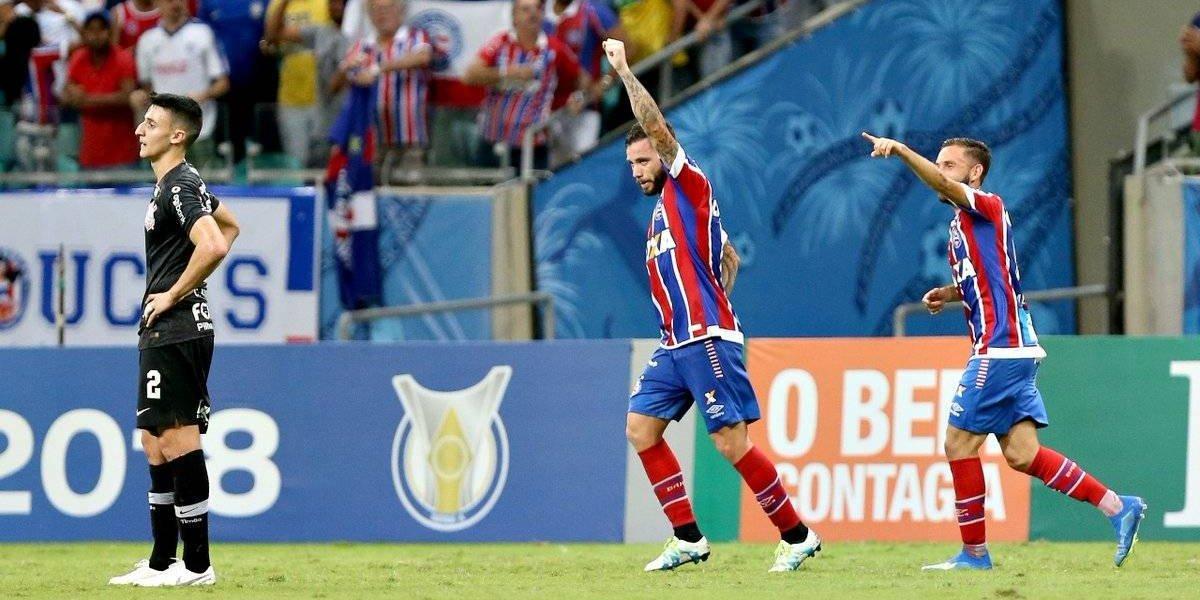 ¿Y por qué no Colo Colo ? Bahía le ganó a Corinthians con un golazo de Eugenio Mena