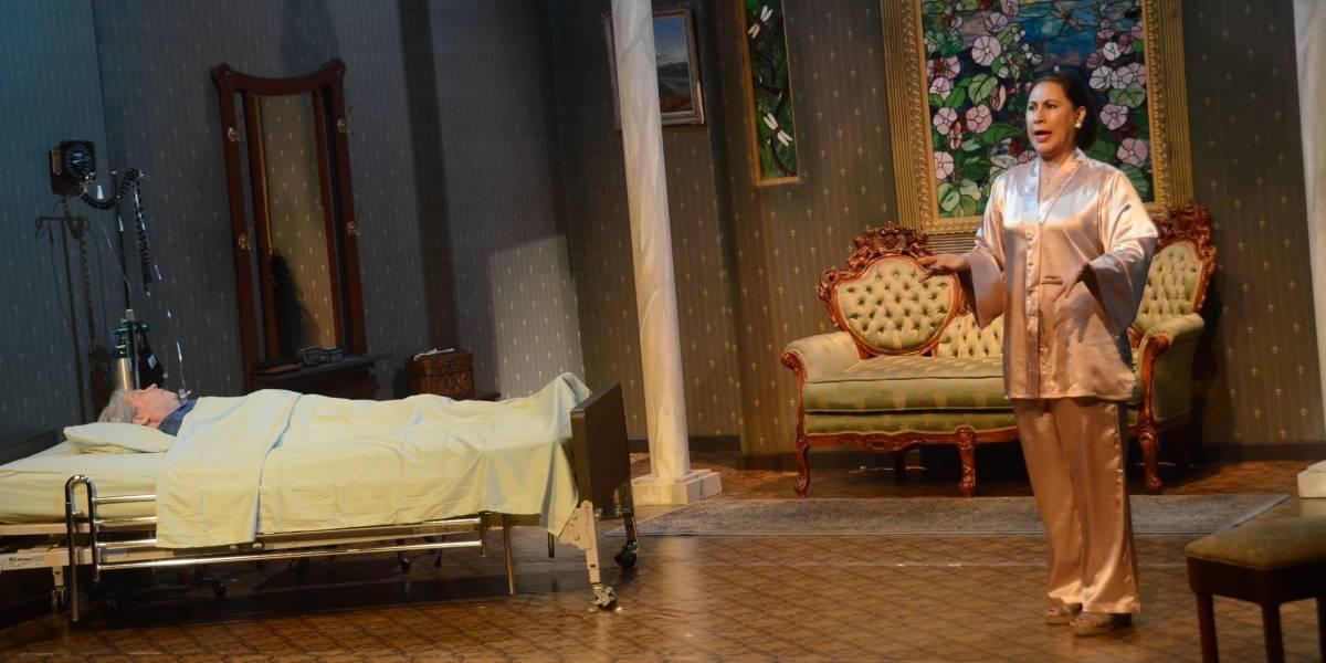 """Edilí con excelente actuación en monólogo """"Como despertar un amante"""""""