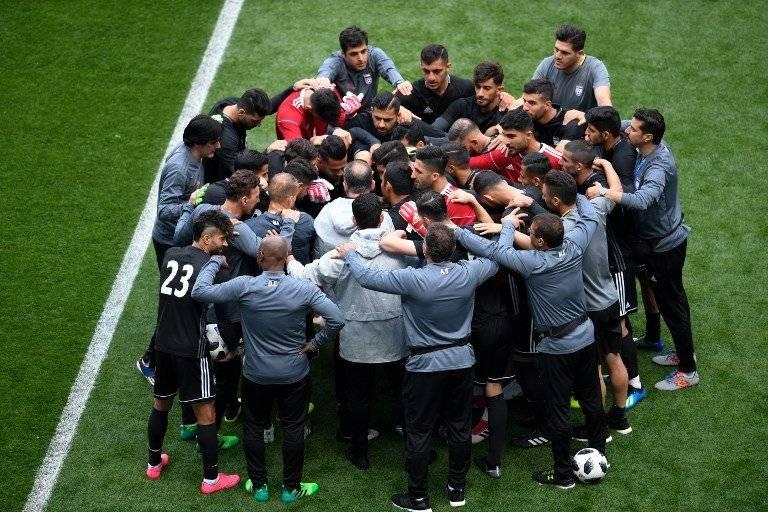 El grupo de seleccionados de Irán durante su práctica