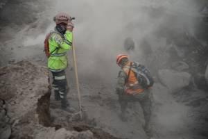 labores de búsqueda y rescate por erupción del volcán de Fuego