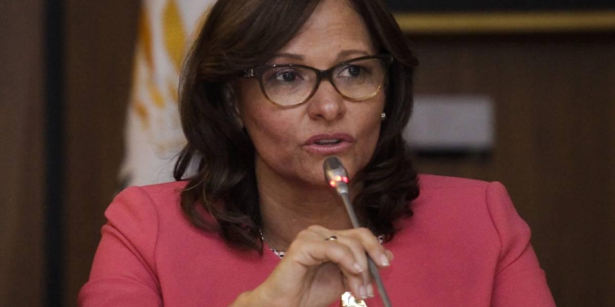 Elizabeth Cabezas desmintió agresiones denunciadas por correístas en la Asamblea