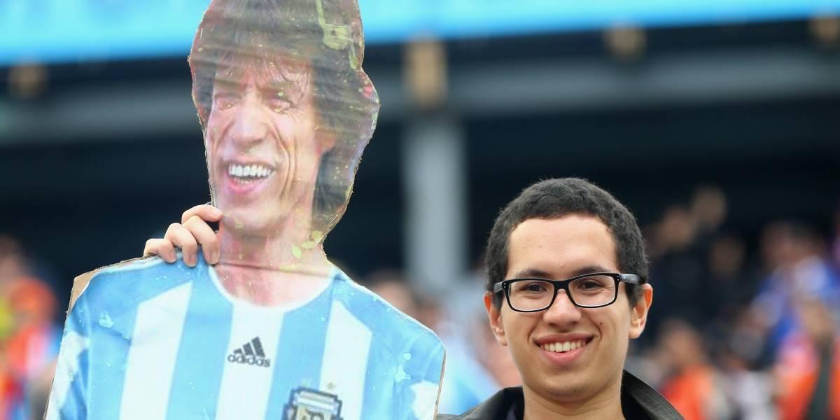 Seleção estreia na Copa no domingo e o Brasil pergunta: o pé-frio Mick Jagger vai assistir ao jogo?