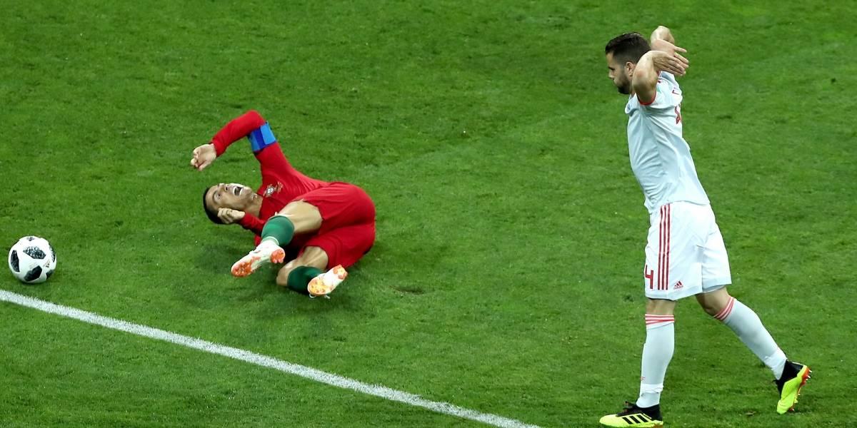 Dudoso penalti de Nacho sobre Cristiano Ronaldo en Portugal vs. España