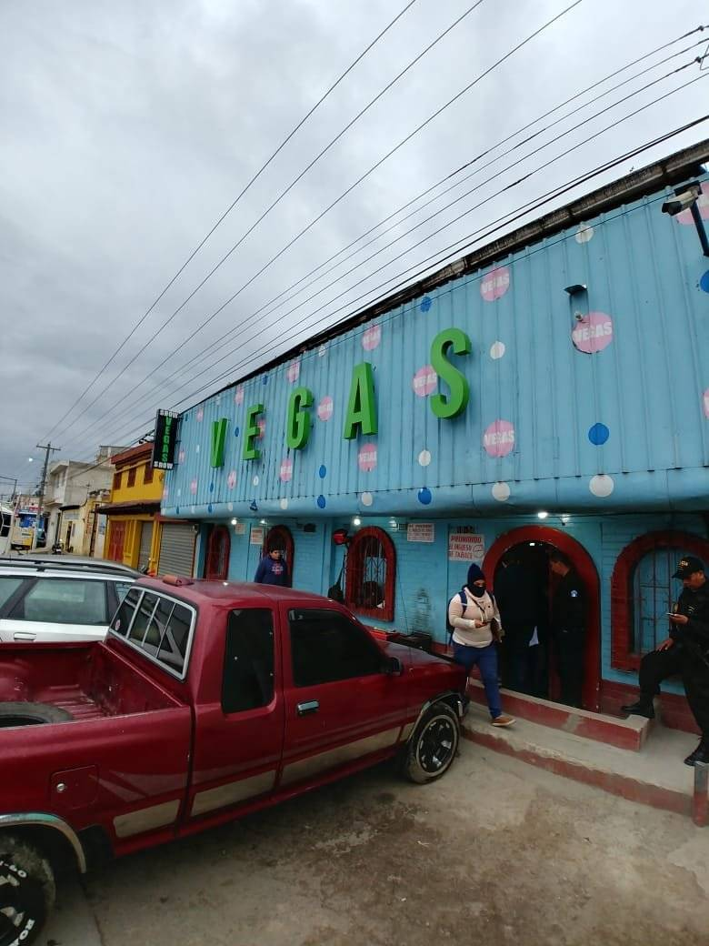 Operativo contra la trata de personas y explotación sexual en Quetzaltenango. Fotos: Ministerio Público