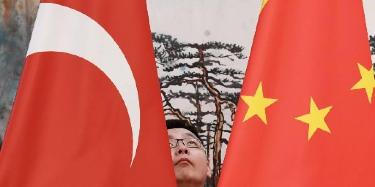 Trump anuncia aranceles de 25% sobre 50,000 M USD de importaciones chinas