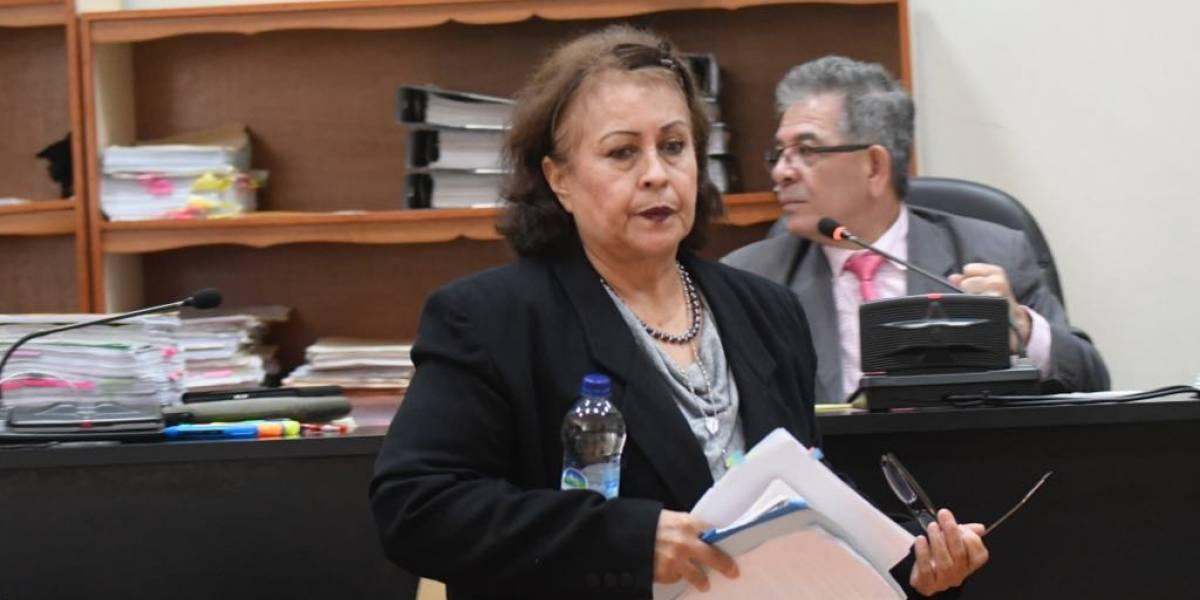 """Abogada vinculada al caso """"Manipulación de justicia"""" ofrece disculpas a juez"""