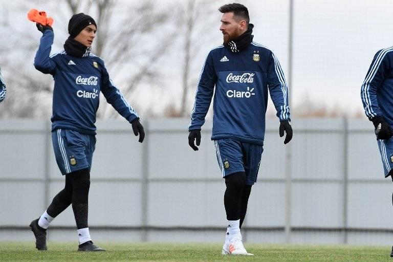 El show de Maradona en el Argentina vs Islandia