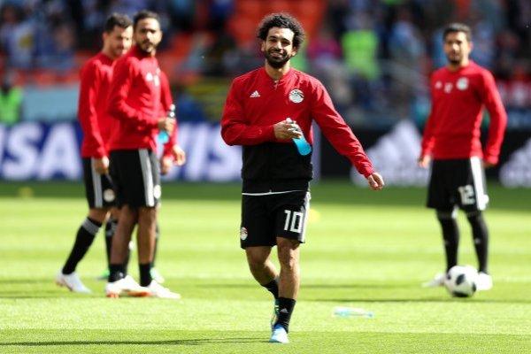 Salah no pudo estar al cien para el debut de Egipto / imagen: Getty Images