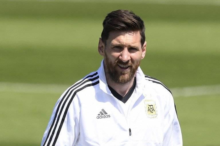 Messi falla un penalti y Argentina empata contra Islandia