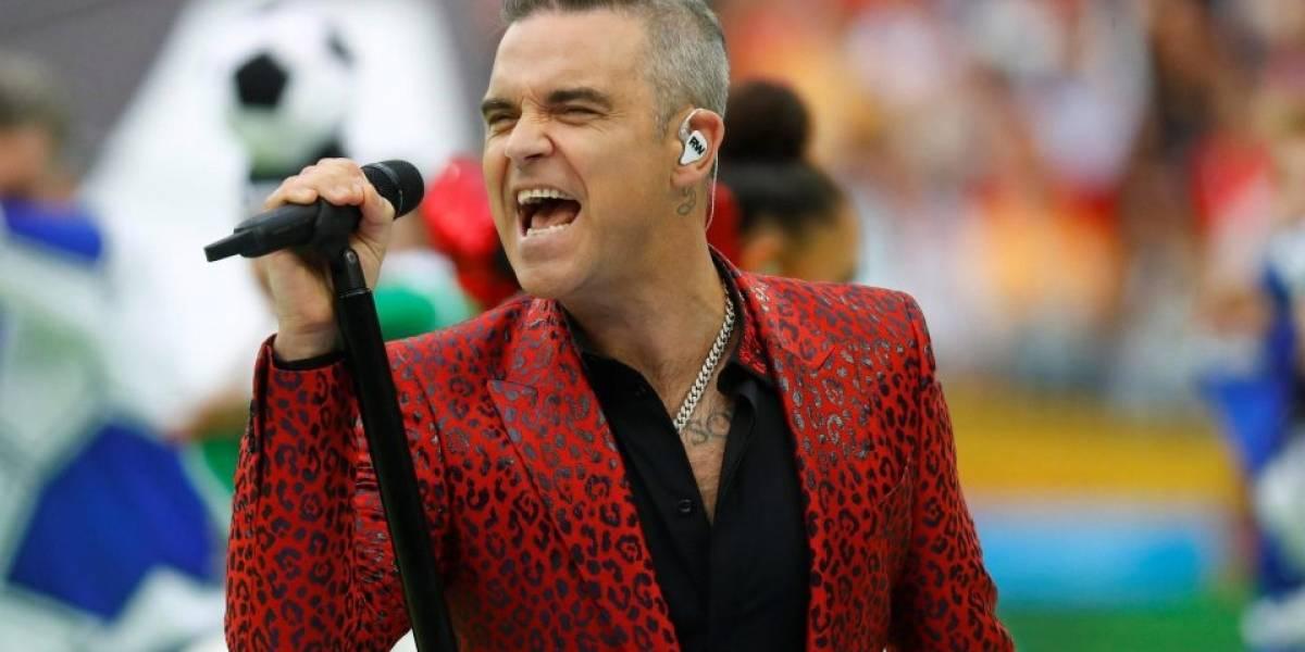 Copa do Mundo: Robbie Williams pode ser multado por gesto obsceno