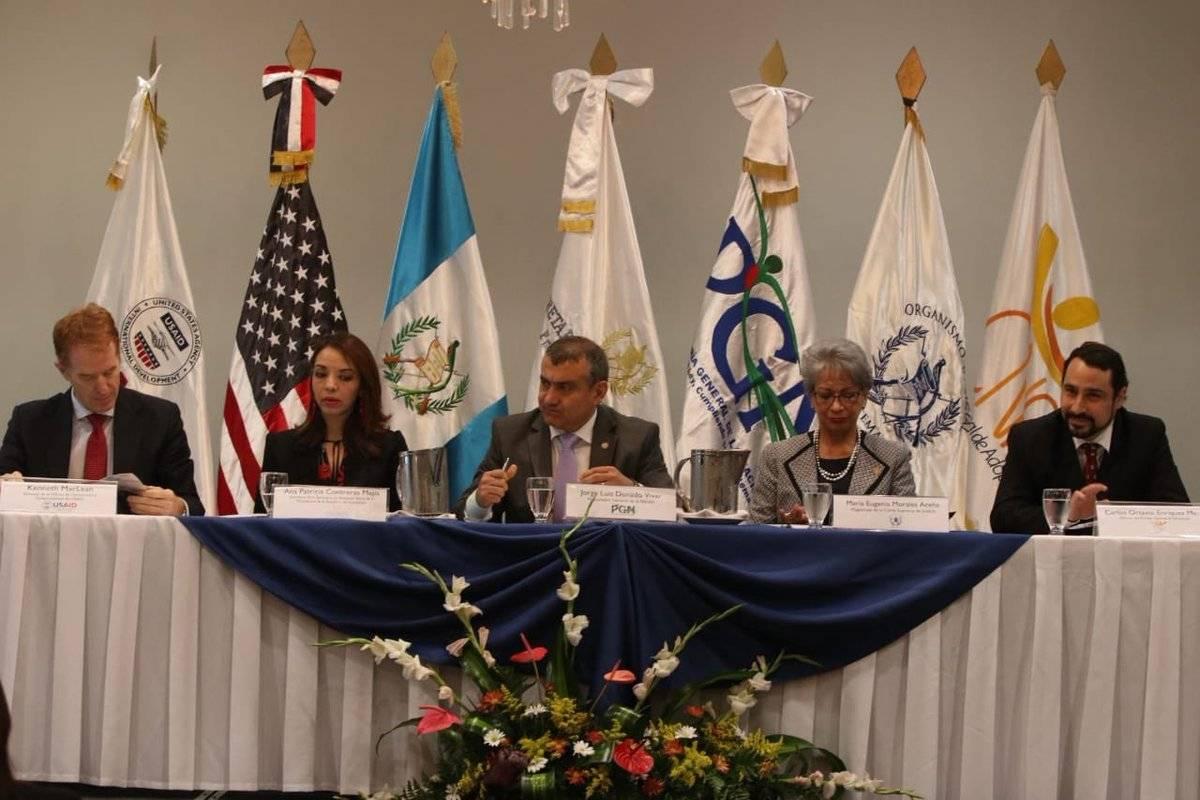 Modelo de Cuidados Alternativos Aplicables en Guatemala