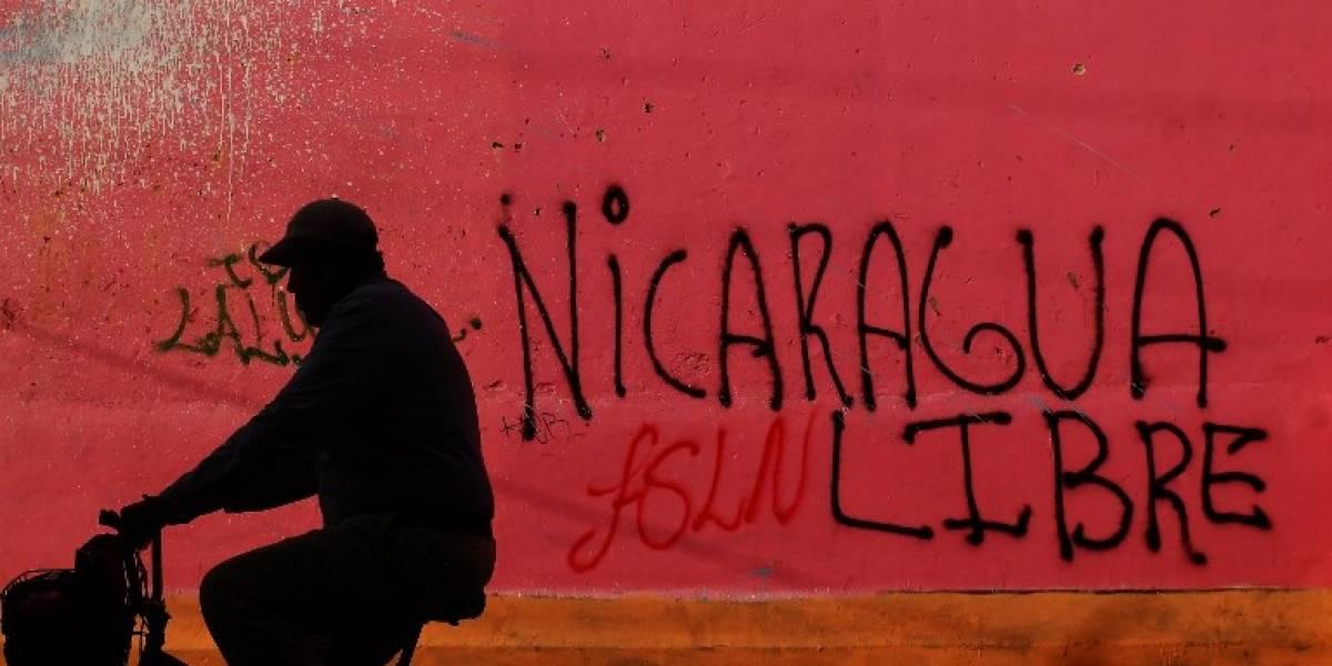 Nicaragua vuelve a diálogo tras día de paro y violencia en las calles