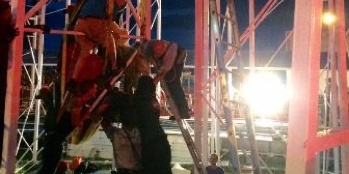 Dos personas cayeron de una montaña rusa en Florida, Estados Unidos