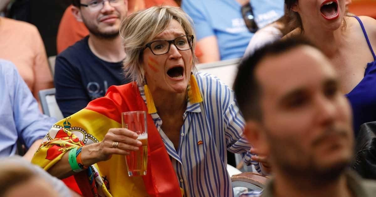 Torcedora da Espanha REUTERS/Juan Medina