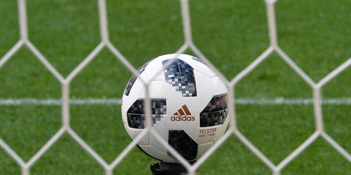 ¿Qué pasa con las pelotas del Mundial? Se desinflan todas