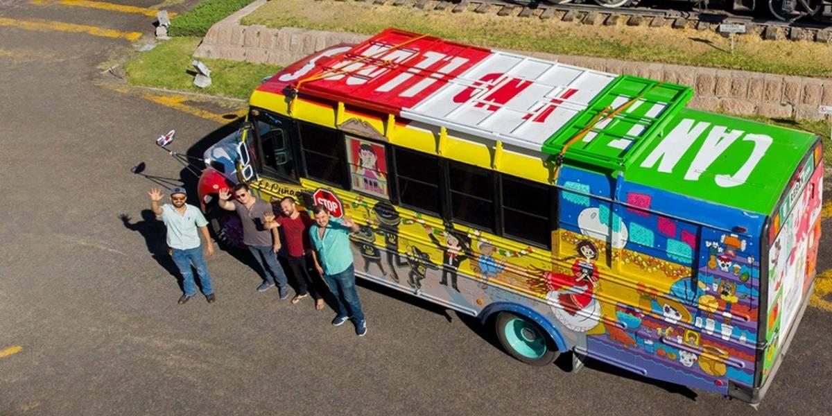 Aficionados mexicanos cruzaron el mundo en autobús para llegar al Mundial de Rusia