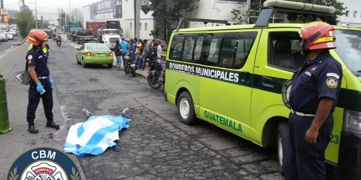 Motorista fallece en la calzada la Paz, zona 5